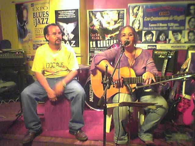 LOS CANTAUTORES DE TRUJILLO Y CARLO MICHI EN GRAN TEMPORADA MAYO 2006