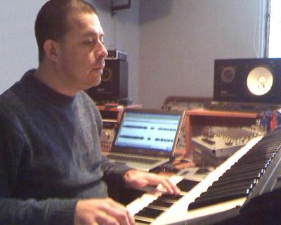 BOSSA NOVA:Carlos Valladares presenta álbum